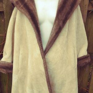 Ollegro woman's L vintage faux fur swing coat